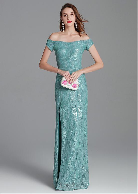 robe de soirée verte longue fendue élégante épaule dénudé