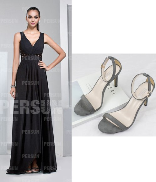 robe de soirée noire longue col en V et sandales simples